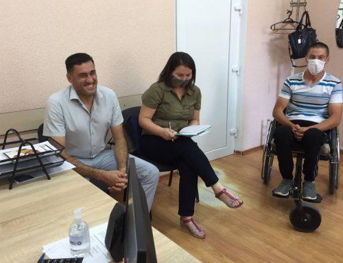 Ședința comună a grupului de inițiativă orașul Căușeni și a reprezentaților CDPD privind accesibilizarea spațiului urban.
