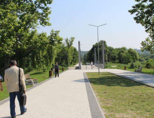 Parcul La Izvor din capitală are doar anumite elemente de accesibilitate iar anumite porțiuni prezintă pericol de accidentare pentru unii vizitatori